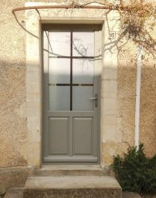 photo-realisation-porte-dentree-bois-realisation-garrat-jc-&-fils