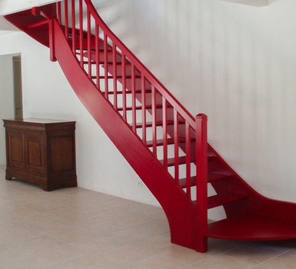 photo-escalier-sur-mesure-bois-garrat-menuiserie